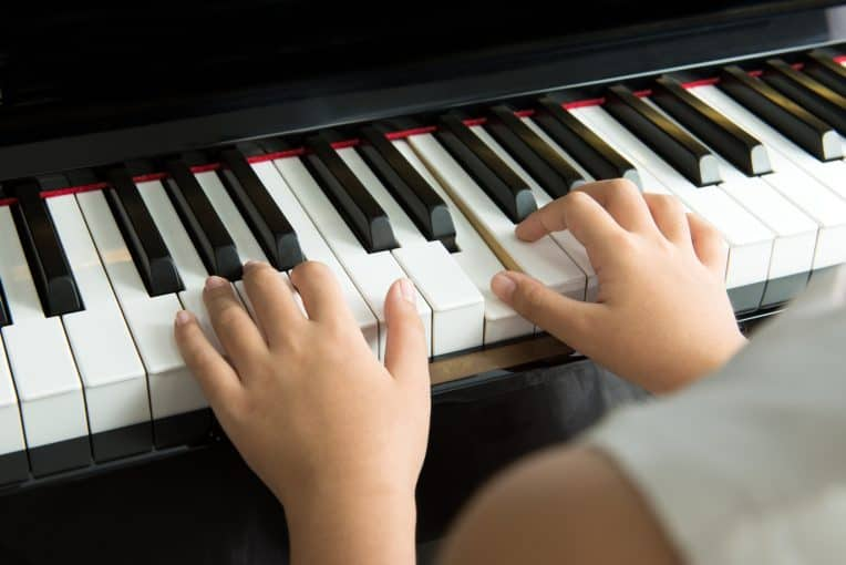 Best 15 Apps for Learning Piano for Android or iOS