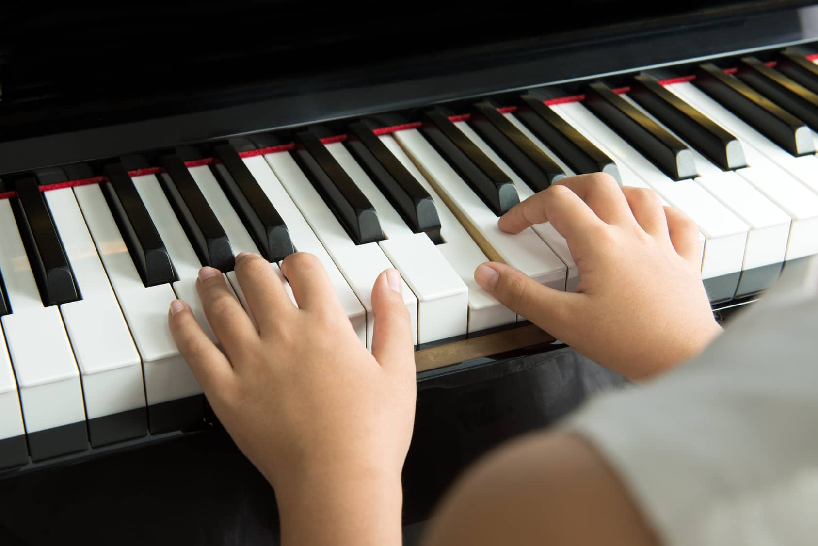 3 Pieces of Advice on Buying Your Child's First Piano ...