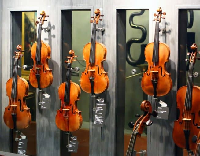 Cremona SC-165 Premier Student Cello Outfit Review