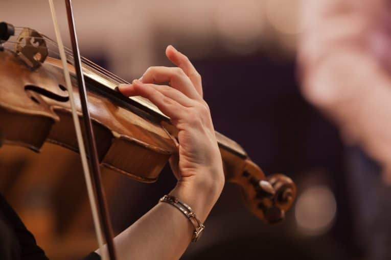 Master Your Violin Fingering in a Few Months with this Tips