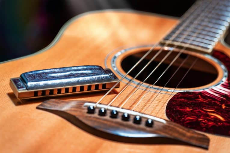 What Is A B Major Chords And How To Play It In A Guitar